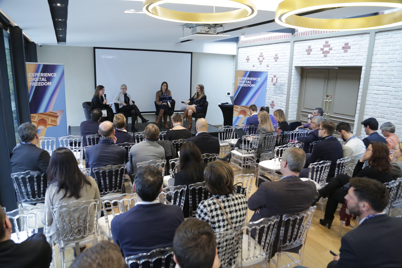 Acquia Expérience Paris lève le voile sur les expérience digitales de ses clients